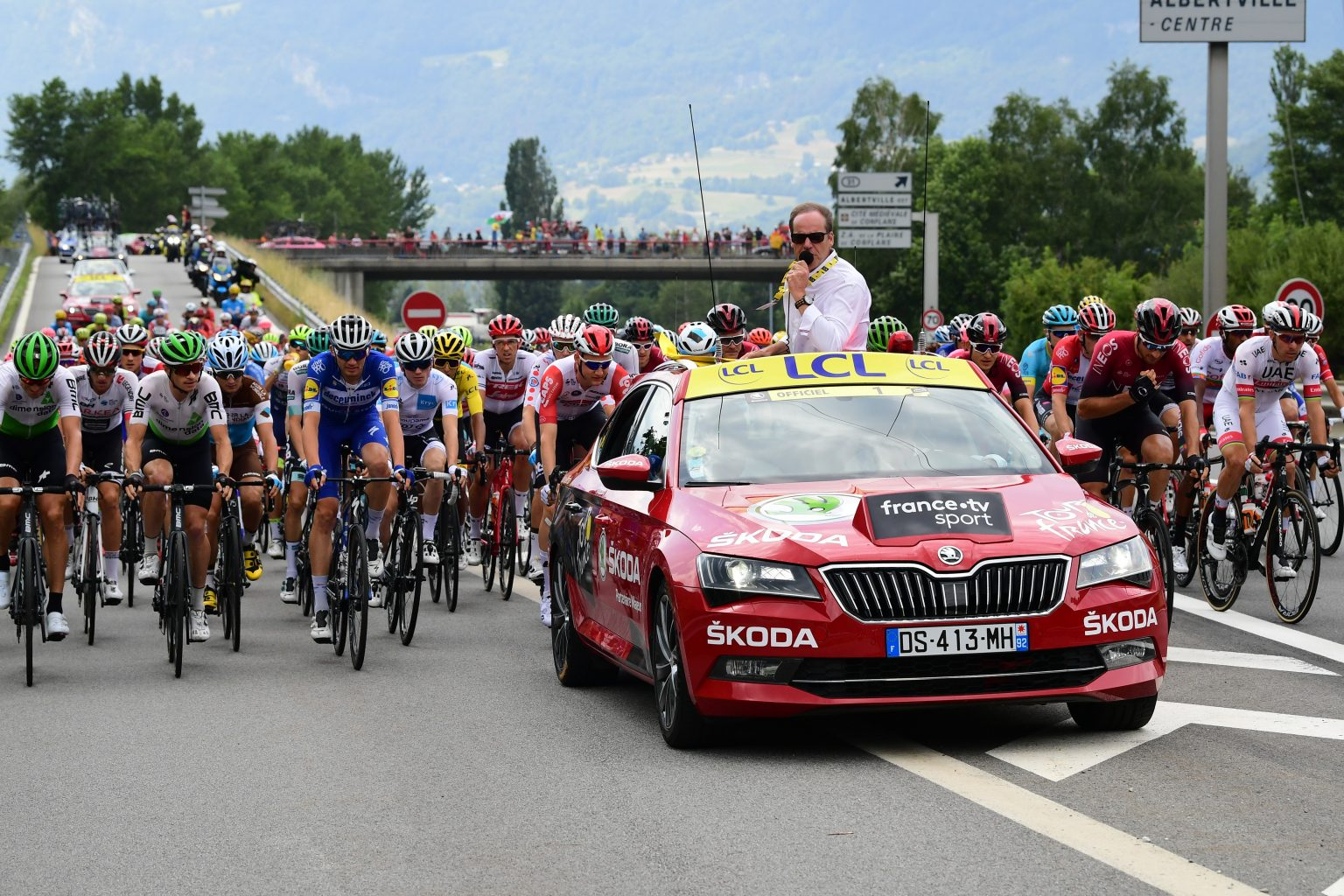 skoda-superb-tour-de-france